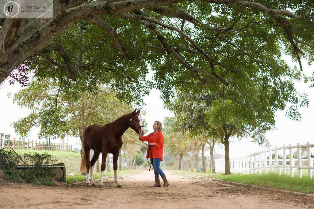Kate & Vagabond Horse Portraits